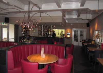 90-restaurant1